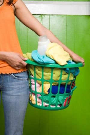 Bạn có tin với một cốc nước có thể giặt được đồ?